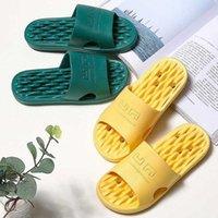 2020 verano antiadherente baño zapatillas mujeres hueco agua fuga zapatos de secado rápido hogar cómodo pareja suave baño zapatillas 36 44 botas de piel cristal slippe n2y6 #