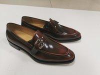Последние могут наступить на смерть мужской туфли для ручной работы мода для стирания двух цветовых кавидов Офис формальное заостренное мужское платье свадебная кожаная подошва