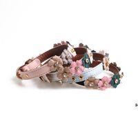 Pet Supply Leder Hundehalsbänder PU mit Blumenkrawatte Einfache Blumen für kleine Hunde DHB6154