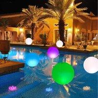 Lampe de boule sous-marine flottante extérieure Lampe gonflable à distance LED 7 couleurs Clignotant Beach Pool Accessoires