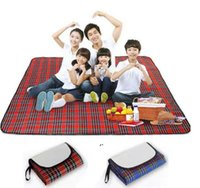 Portable Camping Mat Waterproof Picnic Blankets 150*180cm Foldable Outdoor Traveling Beach Mat 3 Colors Baby Play Mat OWD7211
