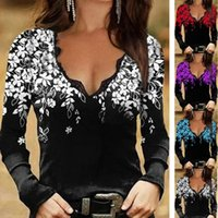 Women's Blouses & Shirts Women T-shirt Floral Print Lace Patchwork Spring Autumn V Neck Flower Pattern Blouse For Daily Wear