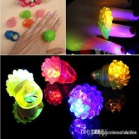 LED Strawberry Ring LED Finger Ring Lights Flash per Halloween Party Party Party Party Natale LED Giocattoli Giocattoli GRATUITA DHL FedEx