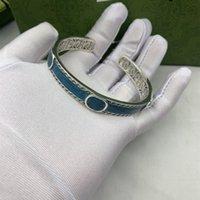 Nouveau produit Lettre d'émail de haute qualité Lettre argenté Bracelet Plaqué Argent Rétro Mode Design ouvert Couple Couple Bijoux Fournissure NRJ