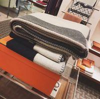 130 * 170cm lettre cachemire couverture crochet en laine douce châle portable chaude plaid canapé de voyage en polaire tricoté jet de cape couvertures 8 couleurs