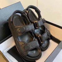 Diseñador mujeres sandalias de alta calidad para mujer diapositivas de cuero de becerro de cristal zapatos casuales plataforma acolchada zapatilla de playa de verano 35-42 con caja y bolsa de compras