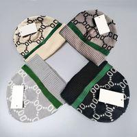 Casquettes de bonnet classique de la lettre classique de haute qualité pour les hommes d'automne pour hommes d'automne chaude chaude chapeau de laine chapeaux
