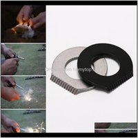 Gadgets Acciaio inossidabile Acciaio inossidabile Sopravvivenza Raschietto Flint Bottle Opener Tools Black and Sier Fire Starter Accendino Accendino Camping FT67 HDKMV EAN6W
