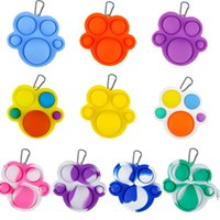 Bear paw Fidget Push Bubble Keychain Kids Novel keychains Toys Key Holder Rings Bag Pendants Decompression Rubber Toy