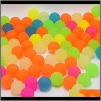 Attività 100pcslot bambini giocattolo palla luminosa ragazzo rimbalzando gomma giocattoli all'aperto bambini giochi sport giochi elastici jlling balling palline PW35X USIYA