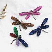 New8 Renkler Retro Böcek Broş Reçine Akrilik Broşlar Alaşım Rhinestone Pimleri Takı Aksesuarları Elektrolizle Yusufçuk EWD7820
