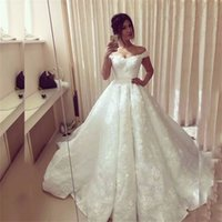 Off the Shoulder V-neck 3D Flowers Lace Applique Puffy Ball Gowns Wedding Dress Royal Style Fashion White Lace Bridal Dresses