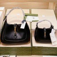 واحدة الكتف حقيبة أكياس الإبطين حقيبة يد الأزياء كالفسكين السلس السطح جلد طبيعي عادي الذهب الأجهزة الملحقات الداخلية سستة جودة عالية