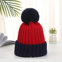 الأزياء للإزالة الفراء pompoms الشتاء الدافئة الصوف محبوك القبعات للنساء الحلوى اللون skullies beanies قبعة أنثى bonnet gorro