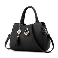 Messenger Bag Female New Trend Fashion Tassel Pendant Solid Color Western Elegant Classic Style Top Quality Favorite Sports Bestselling Shoulder Bags Handbag