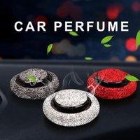 Kendinden yapışkanlı bling araba hava spreyi styling kristal elmas uçan daire dekorasyon süsler