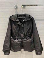 Milan de la piste de Milan 2020 à capuche manches longues manteaux femmes de concepteur manteaux marquez les mêmes vestes de style 0919-2