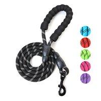 جولة حبل اليد عقد مستلزمات الحيوانات الأليفة حزام الجر العاكس النايلون متوسطة كبيرة الكلب الياقات المقاود