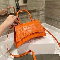 Top Luxurys Designers Bolsa de reloj de arena de alta calidad 2022 Bolso Moda Moda Madre Bolsos Portátiles Bolsos Cossbody Totes Muchacha Marca Boston Bandolera Billetera