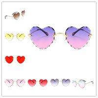 Солнцезащитные очки Женщины Стильные Случайные Случайные Тонкие металлы Рамки УФ Защита для пляжных Отпуск Фестиваль Рыбалка
