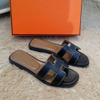 2021 ч тапочки женские летние плоские дна мода носить кожа новых сандалии корейский пляж туристические туфли одно слово тапочки