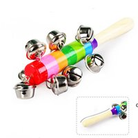 Rattsles Jingle Bells Деревянная палка Новый стиль Rainbow Hand Shake Sound Bell Rattles Baby Образовательная игрушка 18 см DHE6055