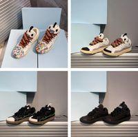 2021 Diseñador de lujo Mujeres Hombres Zapatos de deporte Zapatillas de deporte Cuero de Cuero de Cuero de Cuero de Cuero Hilado Red Zapato Redondo Lengüeta Acolchada Y Curvado Metal Lace Tamaño 35-45 A1