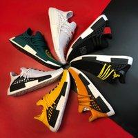 Luxe Designer Basketbal Schoenen voor Mannen Uit Dames Wit NMD Menselijk Race Sneakers Mode Platform Loafers Running Outdoor Foam Slides Runner Ultraboost Trainers