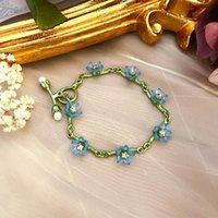 Charme Pulseiras 2021 Estilo de Literatura e Arte Plantas de Luxo Luz Retro Não Esqueça-me Pearl Exquisite Temperament Elegante Lady Bracelet
