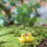 Novo Miniature Dollhouse Fada Jardim Mini Bonito Pequeno Pequeno Amarelo Pato Resina Artesanato Para Plantas Domésticas Decoração