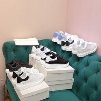 مصمم النساء الرجال الأبيض عارضة أحذية سوداء منصة عاكسة منصة حذاء رجل إمرأة جلد طبيعي شقة المتضخم الوحيد الرياضة chaussure