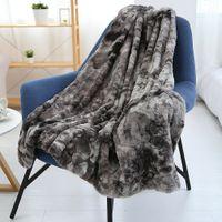 2021 PV Velvet Designer Blanket Soft Wool Scarf Shawl Portable Warmth Thickening Plaid Sofa Bed Fleece Knitted Blanket