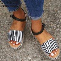 2020 Sandálias Sandálias Plataforma Sapatos Casuais Mulheres Grande Tamanho 43 Moda Casual Fivela Plataforma Cunhas Sandálias Sapatos Romanos Sapatos de Promoção Sapatos Bombas Sho P91F #