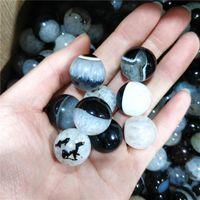 Objets décoratifs Figurines Mignonne Gemstone Naturel Naturel Black and White Agate Ball Mini Sphères Wicca Esthétique Room Décor Bouddhiste Bijoux Gif