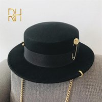 Stingy Brim Hats Black Cap Female British Wool Hat Fashion Party Flat Top Chain Strap And Pin Fedoras For Woman Punk Street-style RH