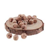 200 piezas de letras de madera Bebé Beech Beech Beads Neckir collar para los dientes BPA de grado alimenticio Productos gratis 210812