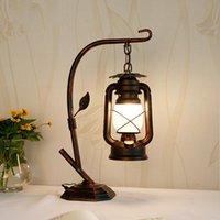 Lampade da tavolo Paese americano Retro lampada in ferro battuto scrivania in ferro battuto camera da letto creativo kerosene antico caffè studio capezzale