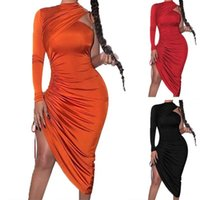Casual Dresses One-shoulder Strap Pleated Tight Skirt Women Fashion Long-sleeved Thin Sexy Dress 2021 Spring And Summer