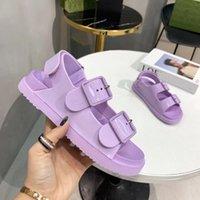 2021 미니 스트랩 버클 고무 솔 플랫폼 샌들이있는 디자이너 여성 샌들 슬라이드 여름 해변 캐주얼 신발 상자