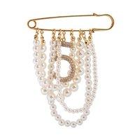 Charmant Numéro 5 Perle Femmes Broches Pendentif Tassel brillant Broche 201009