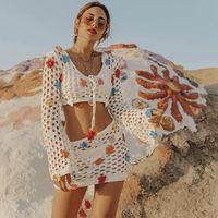 Roupa de banho feminina glamourosas 2 peças Crochet Bikini Cover-Ups Boho Appliques Oco Out Mulheres Praia Desgaste Nadar Suit Tops e Saias A