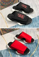 2021 Slides para hombre para mujer Sandalias de verano Sandalias de playa Zapatillas de playa Flip Flops Mocasines Negro Blanco Azul Diapositivas CHAUSSURES Zapatos Tamaño 35-45