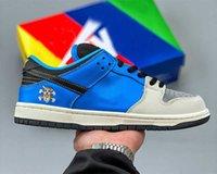 Skateboard x منخفضة منخفضة الأحذية الاحذية SB مكتنزة دانكي الرجال والنساء الأزرق / GROY3M المواد العاكسة UNC dunk في الهواء الطلق