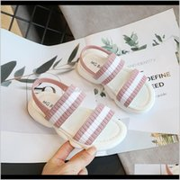 Ребенок, родильный падение доставки 2021 Skhek детей Римский микрофибр плоский пляж гладиатор сандалии детские летние туфли для девочек случайные детские