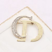 Famous Gold Silver Brand Luxury Designers Brooch Women Crystal Rhinestone Letters Brooches Suit Pin Fashion Jewelry Clothing Decoration High Quality Accessories