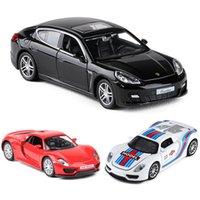 132 911 918 Panamera Martini Coche Muele Aleación de Aleación Modelo Diecasts Toy Sound Collectibles Coches Toy Cumpleaños Presente Niño