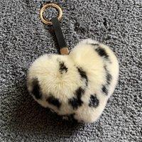 레오파드 인쇄 진짜 모피 렉스 토끼 머리카락 복숭아 심장 머리 공 열쇠 고리 쥬얼리 펜던트 모피 가방 펜던트 귀여운 키 체인 키 반지