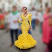 Chic Yellow Mermaid Prom Dresses V Neck Long Sleeves Flower Appliques Women Party Evening Gowns Puffy Custom Made