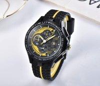 Design famoso design grande orologio da uomo in acciaio inox orologi al quarzo maschile casual moda sport uomo cinturino in silicone cinturino donna braccialetto