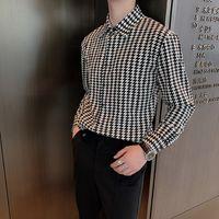 قمصان قصيرة بأكمام قصيرة 2021 الصيف طباعة فضفاضة الأعمال عارضة قميص شخصية مصفف الشعر ملهى للملهى للشباب الرجال اللباس